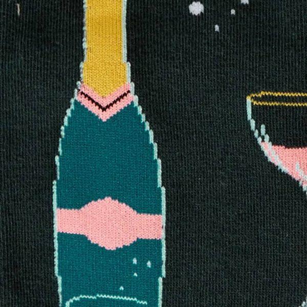 Färgglada knästrumpor med snygg och cool design köper du hos Define me!